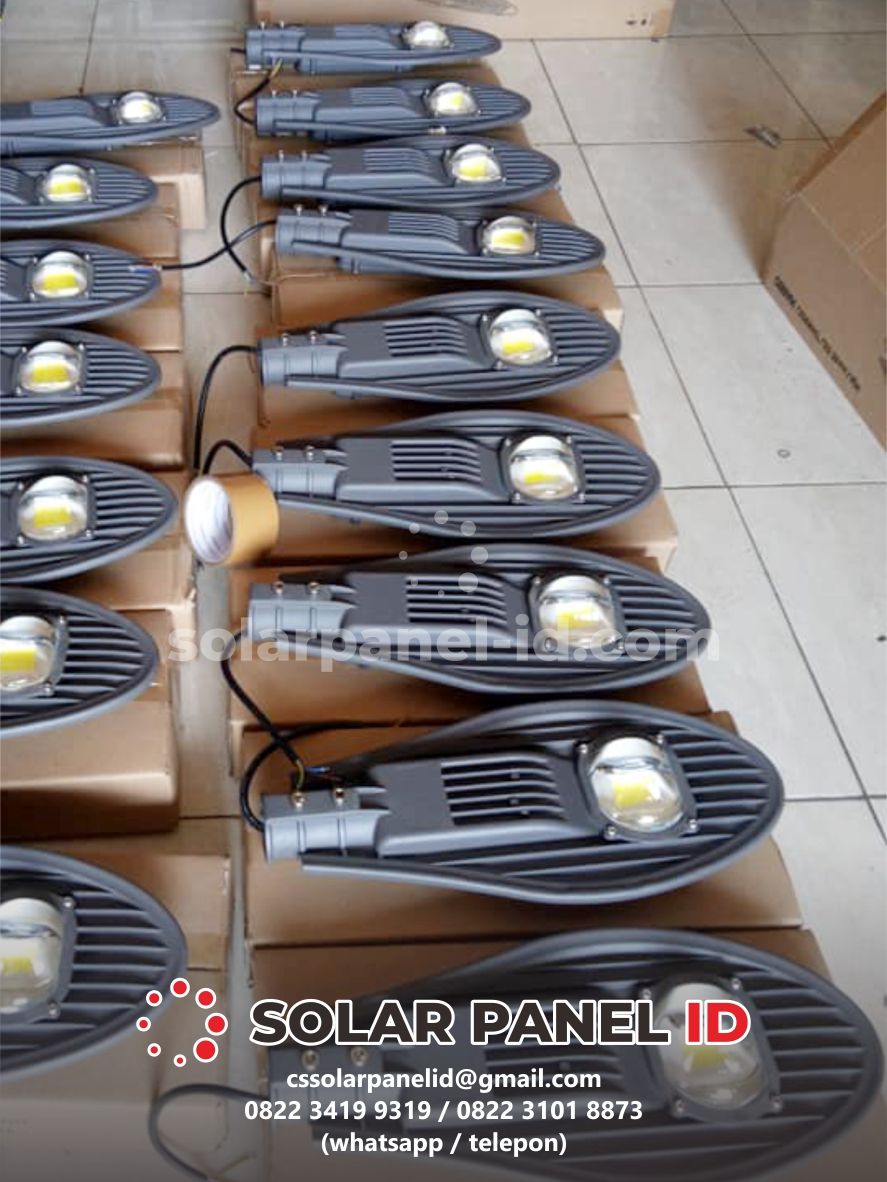 Pju tenaga surya Manado