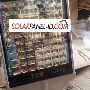 harga lampu PJU solar panel