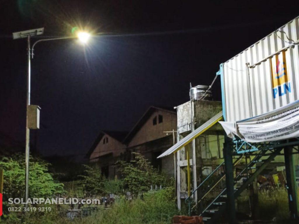 jual lampu pju solarcell 2in1 satu set palembang