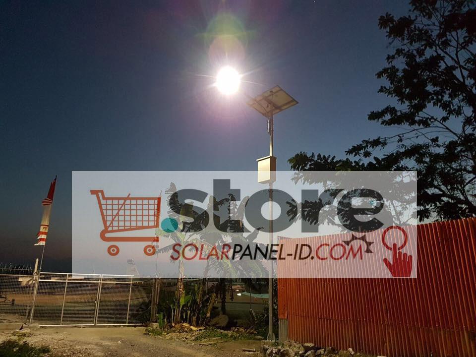 foto proyek pembangkit listrik tenaga surya