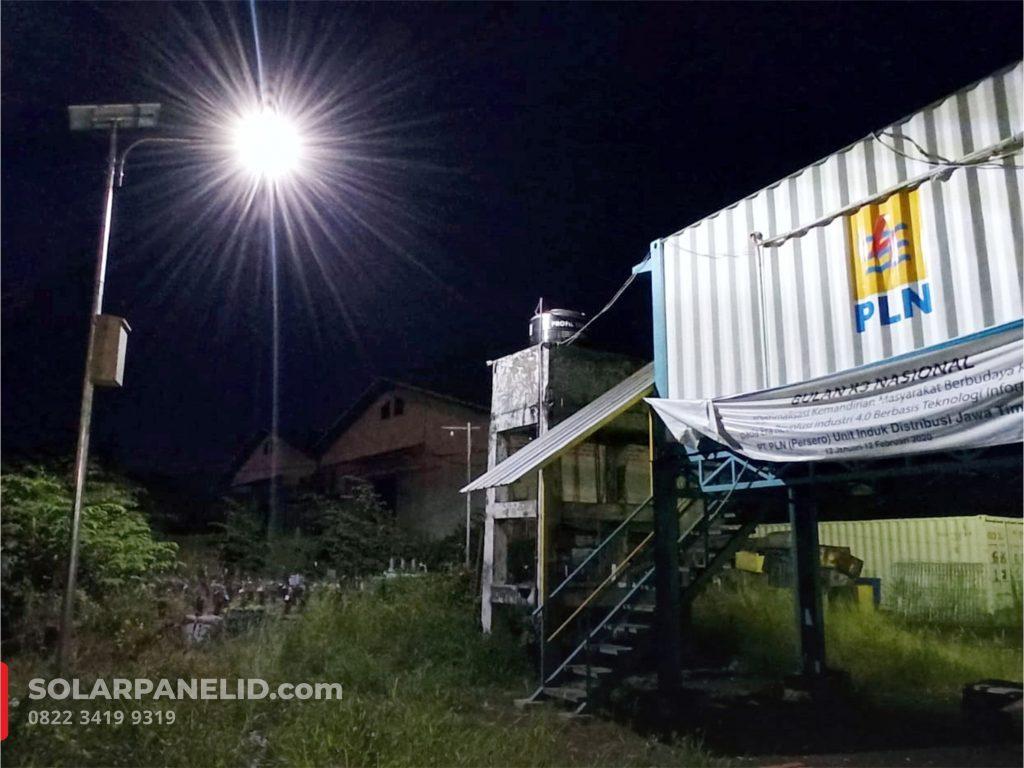 jual lampu pju solar cell surabaya murah