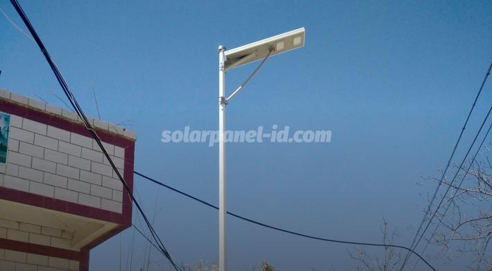jual pju tenaga surya aio philips 100 watt murah surabaya